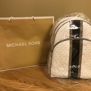 Michael Kors LG Abbey Backpack